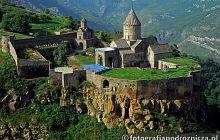 Tysiącletnia świątynia chrześcijańska - Armenia