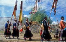 Doroczne święto obfitych plonów w tybetańskiej wsi